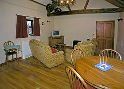 cottage lounge and dining area